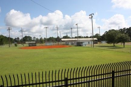Image of baseball field in Fredrick Street Ball Park